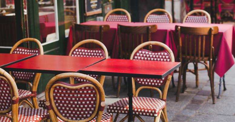 street bistro in Paris